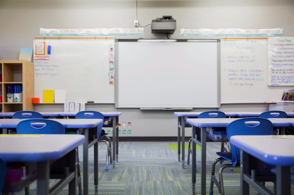 A school shut down? Take learning online with these 4 strategies